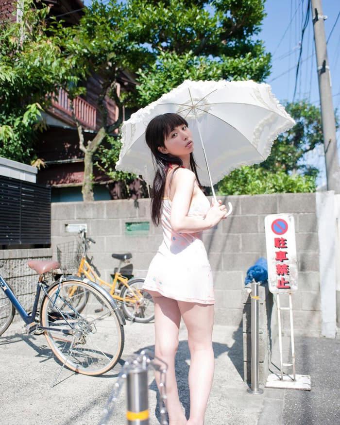 Eri Akira   晶エリー(新井エリー、大沢佑香)  아키라 에리