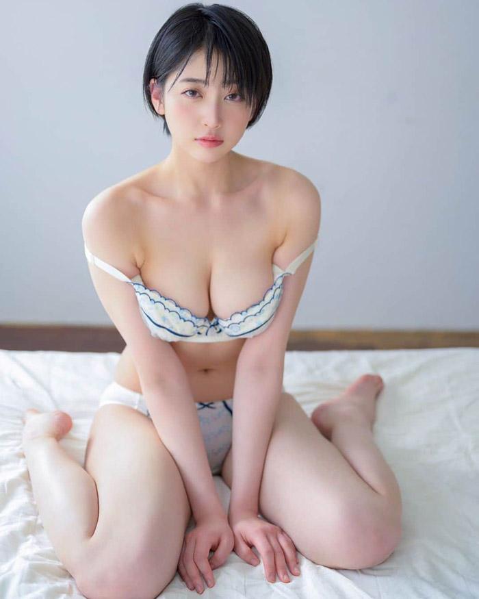 Hibiki Natsume   夏目響   なつめ ひびき   나츠메 히비키