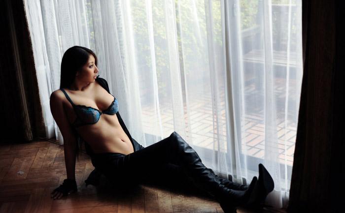 Hina Akiyosi | 秋吉ひな | あきよし ひな | 아키요시 히나