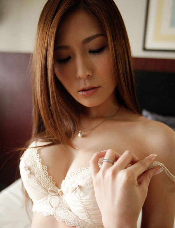 Yuna Shiina | 椎名ゆな | しいな ゆな | 시이나 유나