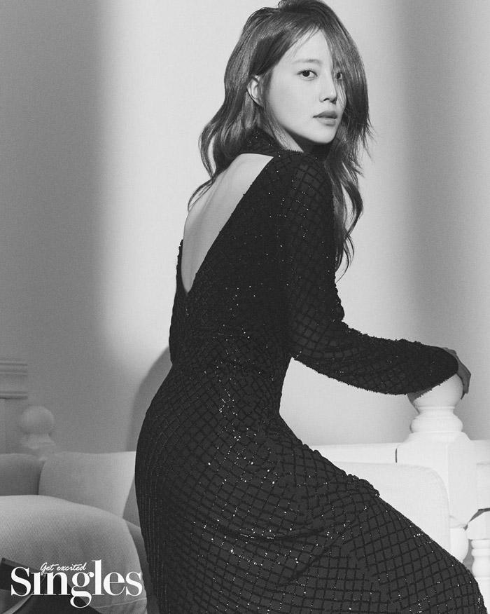 Moon ChaeWon | 文彩元 | 문채원