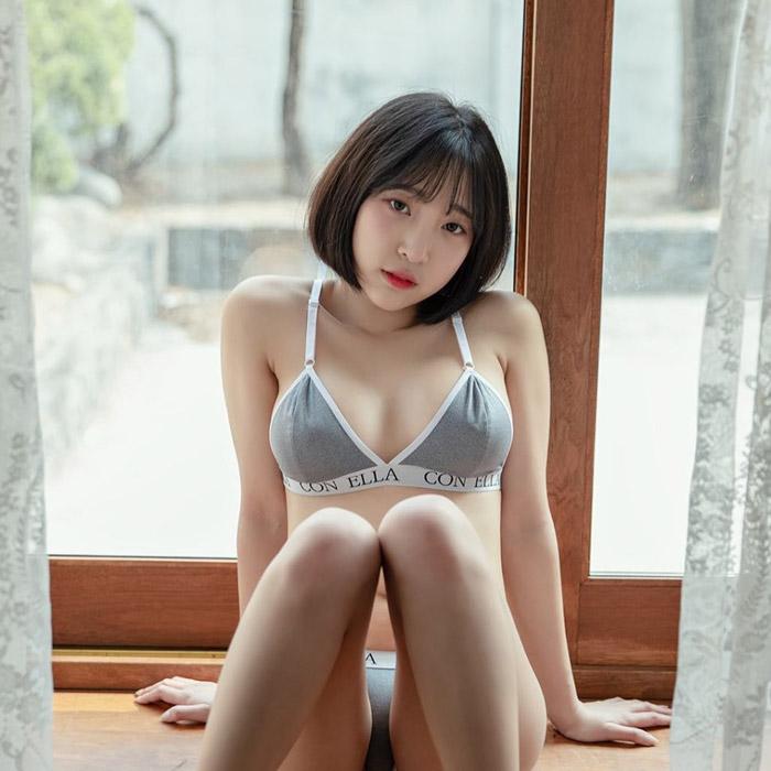Kang InKyung | 강인경