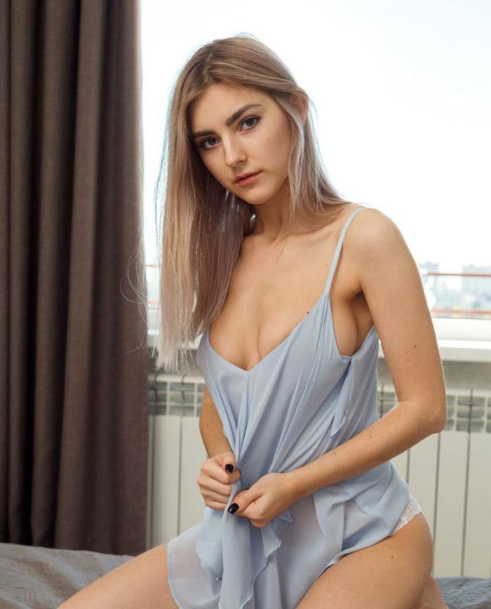 Eva Elfie | 에바 엘피